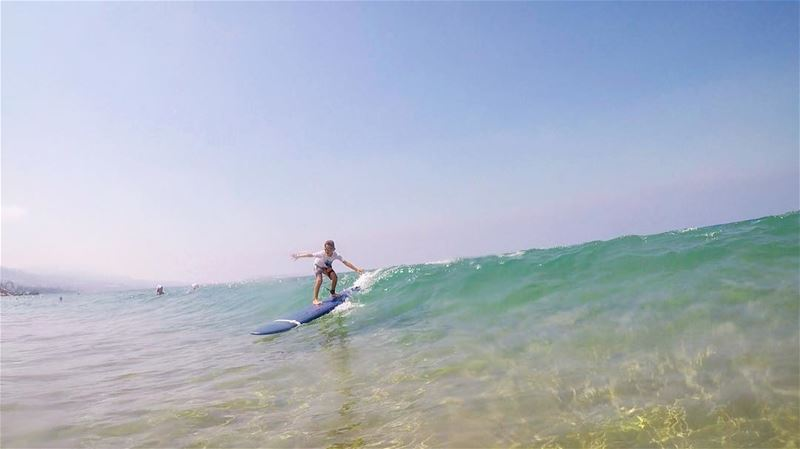 Alexander is 8 years old only and that's his first time surfing 🏄 He's...